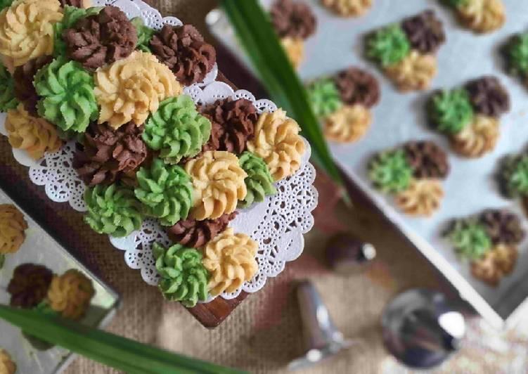 Kue Semprit Dahlia Istimewa | Puguh Kristanto Kitchen