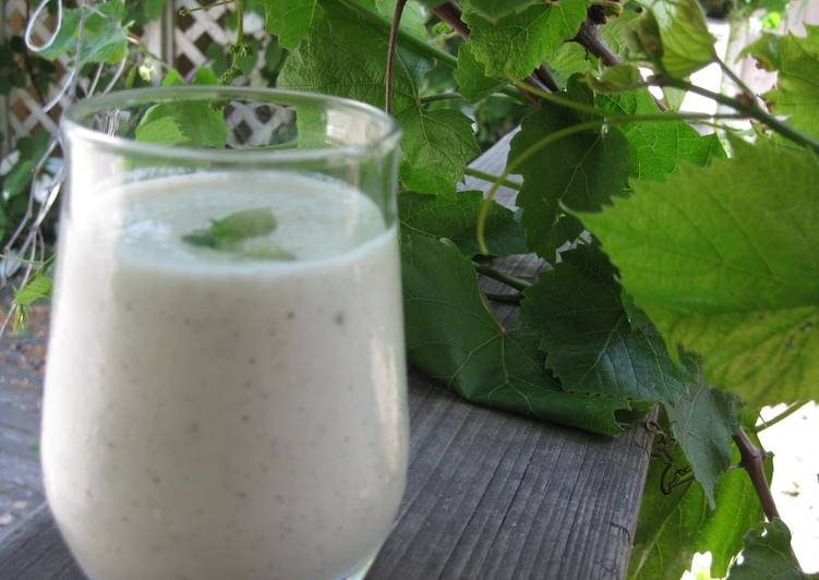 Kiwi & Yogurt Smoothie