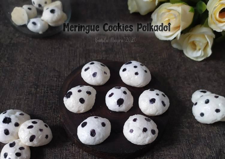 Meringue Cookies Polkadot