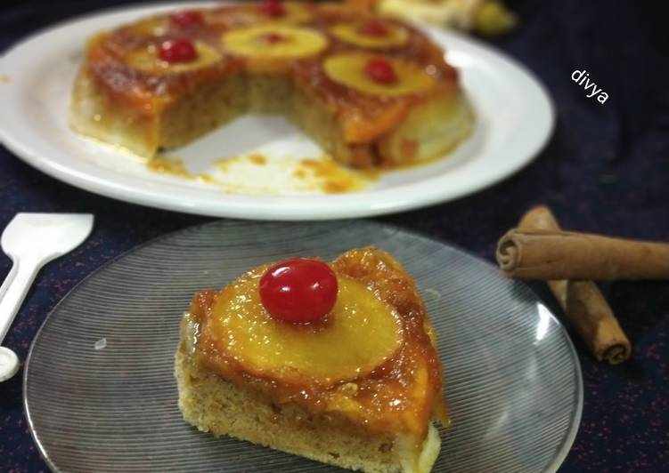 Brazilian caramelized apple Cinnamon cake