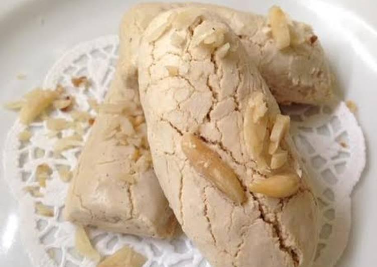 Bagaimana Menyiapkan Kue Bagea Kenari (kue sagu) yang Enak Banget