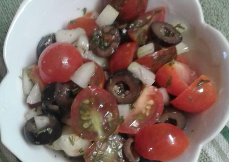 Cherry Tomato Veggie Salad