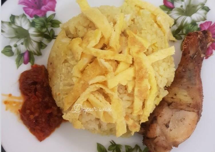 Nasi kuning magiccom - cookandrecipe.com