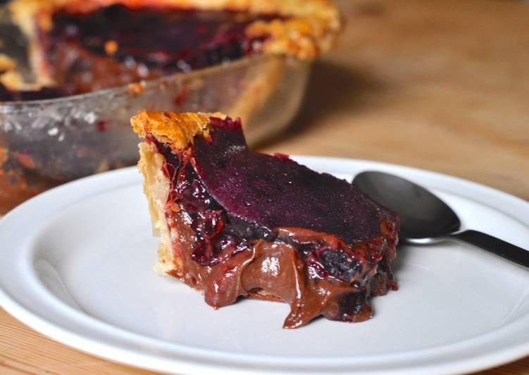 25 Minute Recipe of Speedy Cherry & Chocolate Tart