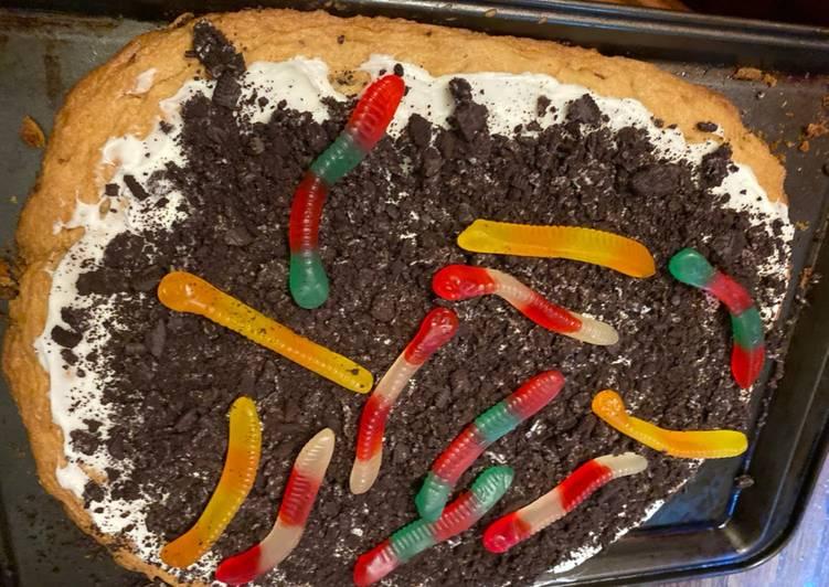 Recipe of Speedy Trick or treat cookie pizza