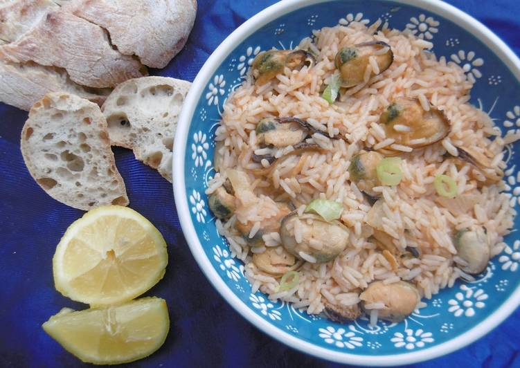 Mouthwatering Mussel Pilaf Dish