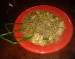 Pollo macerado en salsa de soja con champiñones y arroz yamani
