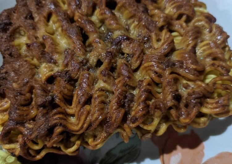 Mie instan asli di goreng