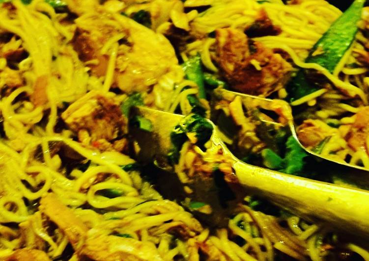 Simple Way to Make Quick Fat free chicken pad thai
