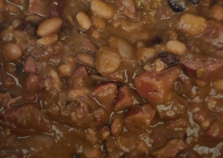 Recipe: Perfect 15 bean Cajun soup mix with smoked sausage & rice