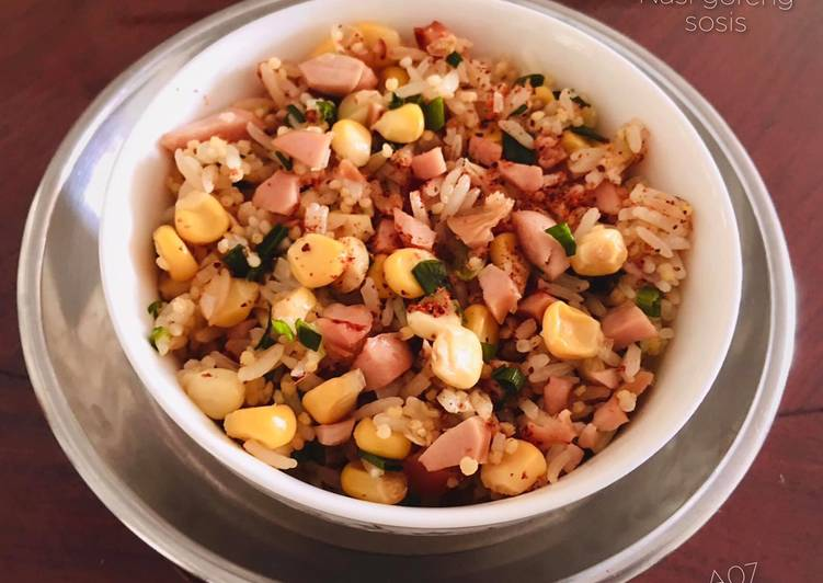 24. Nasi goreng Sosis