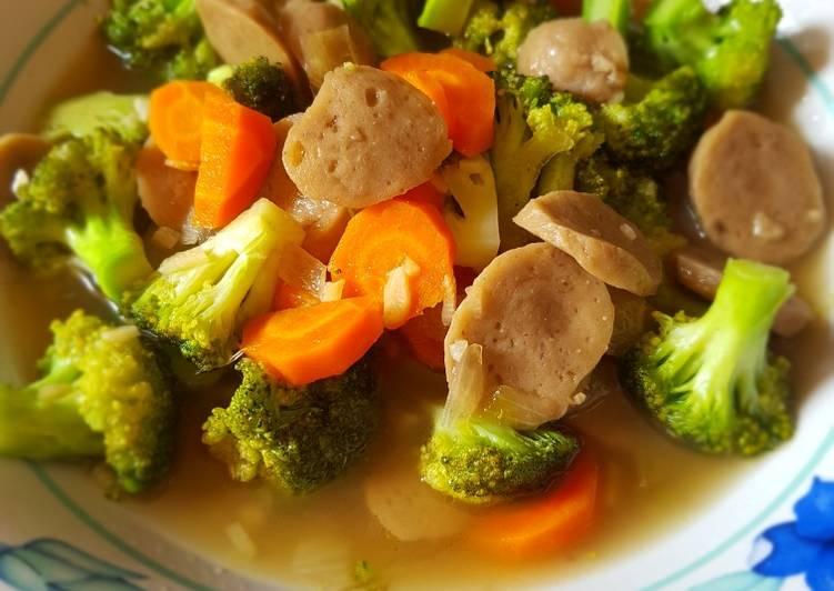 Tumis bakso brokoli saus tiram