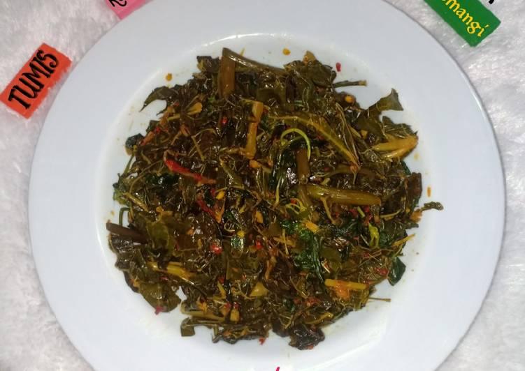 Tumis kangkung,daun pepaya,kemangi