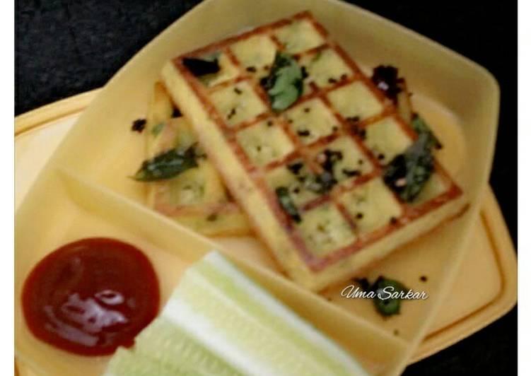 Upma waffle