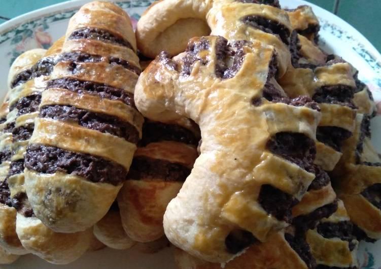 Langkah Mudah untuk Membuat Fillipino choco bread yang Enak
