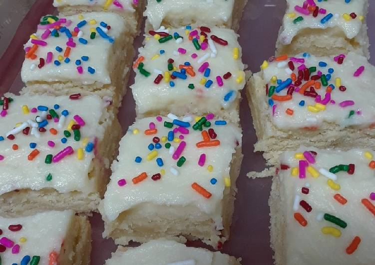Recipe of Speedy Frosted Sugar Cookie Bars