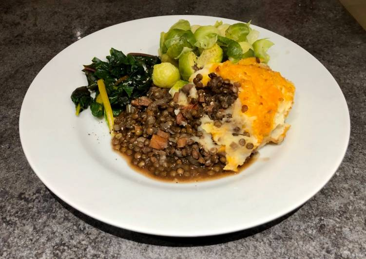 Recipe of Homemade Herby Puy Lentils with Cheesy Garlic Mash #newyearnewyou