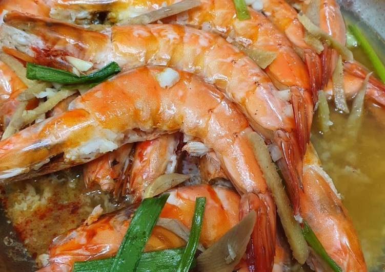 Easiest Way to Make Appetizing Steamed Prawns