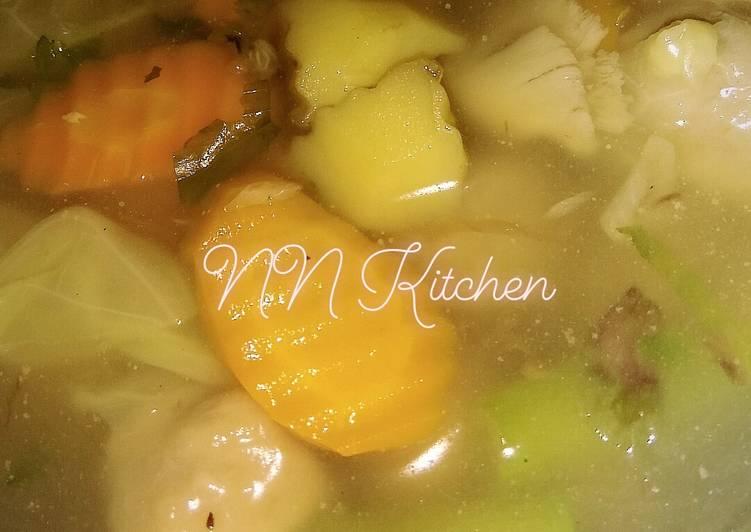 Resep Sayur Sop (Isi Bakso & Jamur) Yang Umum Pasti Lezat