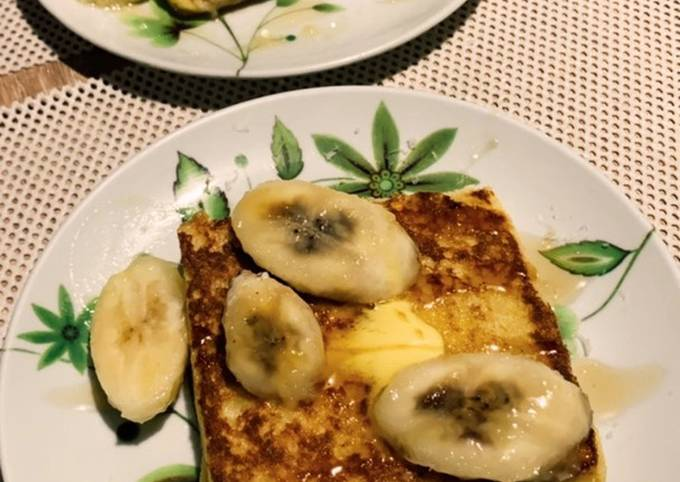Banana toast with honey and butter