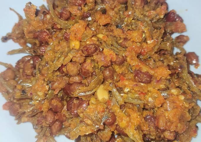 Sambal goreng teri kacang tanah