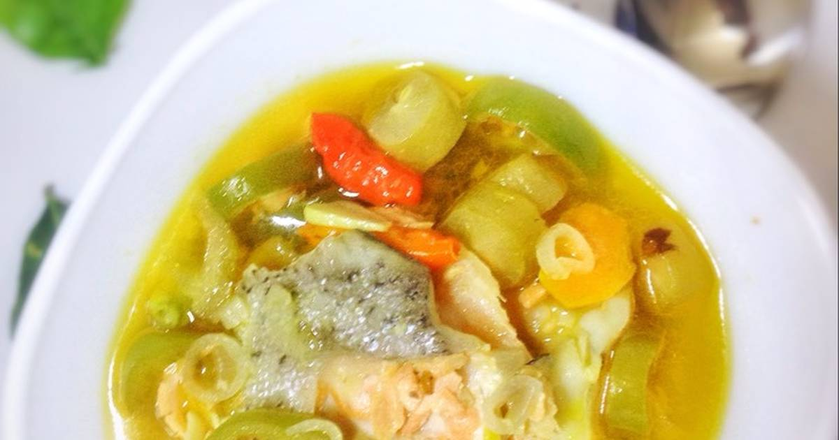 Resep Sup Salmon Pedas Segar Oleh Dewi Lina Faidah Cookpad