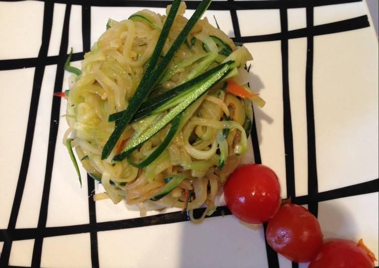 Espagueti de calabacín con soja