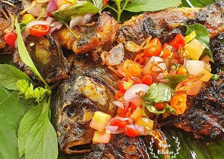 Ikan Mas Bakar Teflon Sambal Dabu-Dabu