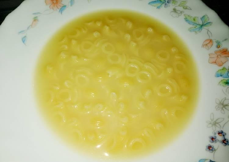 Sopa de caracolinas