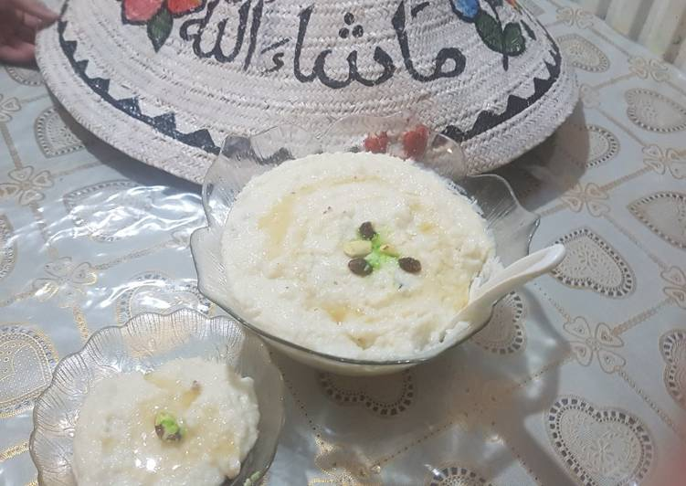 Milky rice pudding