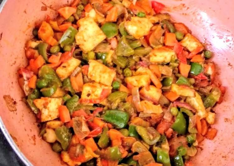 Mixed Vegetable Jalfrezi with paneer