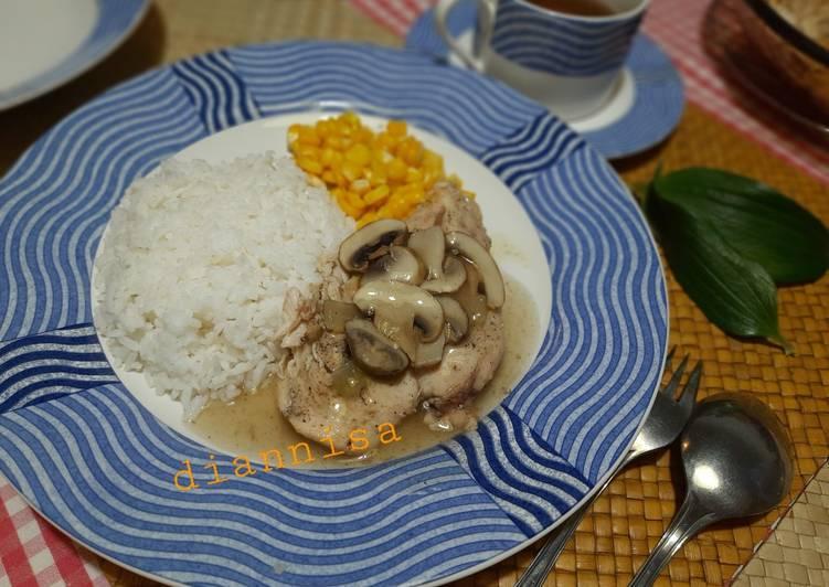 Ayam panggang saus jamur