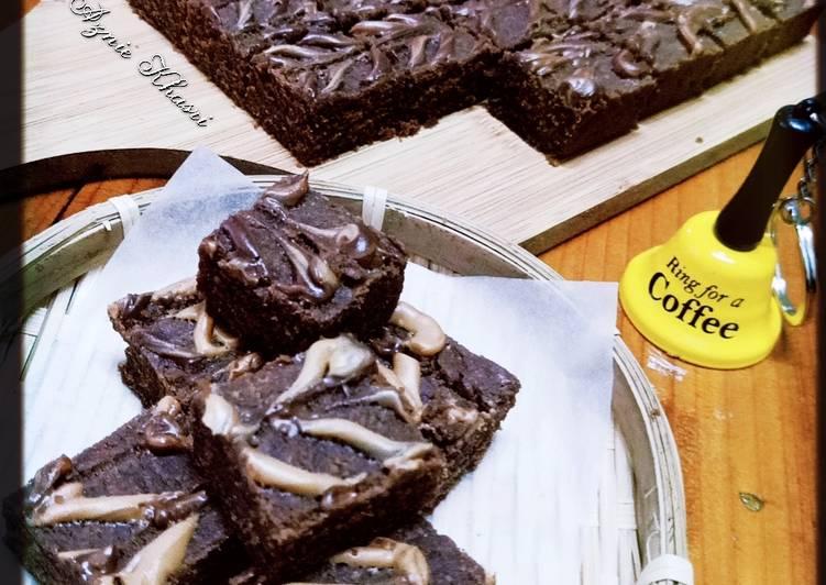 ♥Easy Peanut Butter Brownies♥