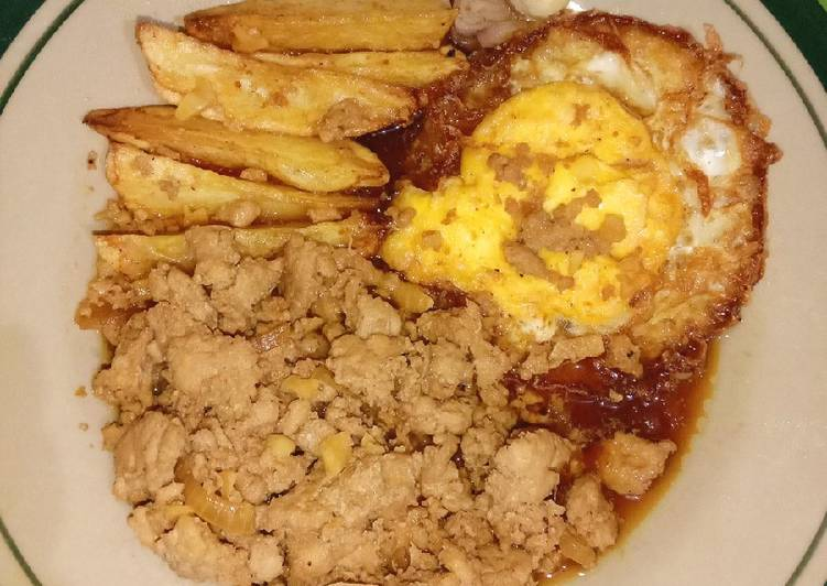 Resep Bistik simpel (ayam cincang + telur ceplok) Bikin Jadi Laper