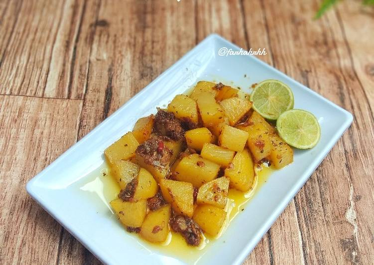 Batata Harra 🇱🇧 (Lebanese Spicy Potato)