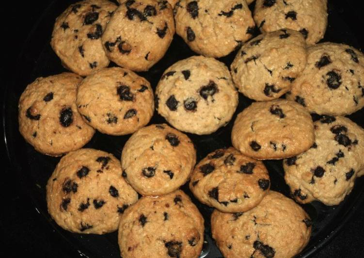 Recipe of Ultimate Oatmeal Choco chip Cookie