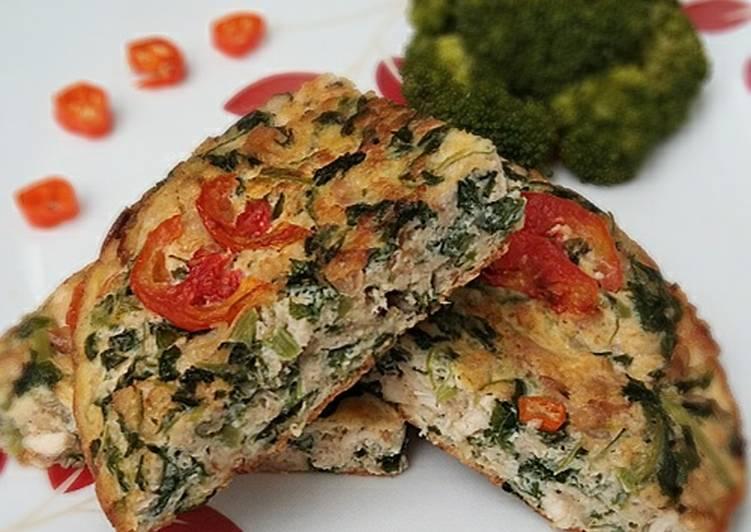 Omelet Oat isi Ayam Bayam