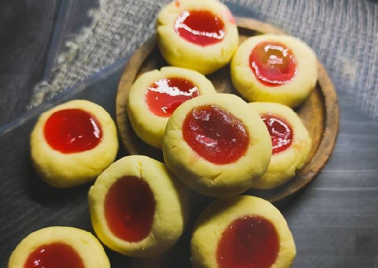 Thumbprint Strawberry Cookies