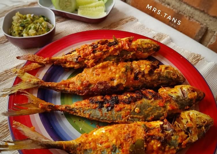 Ikan Kembung Bakar ala Resto Padang 🐟
