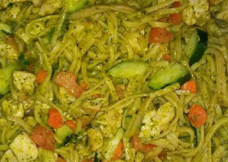Chicken vegetables and pesto sauce pasta