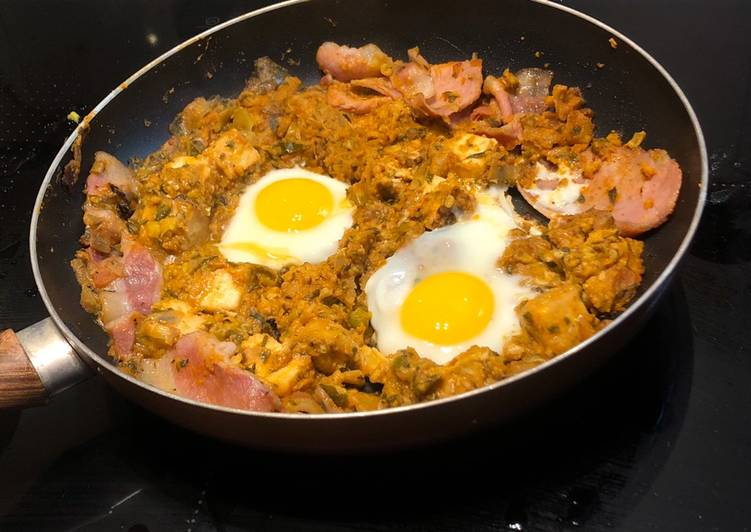 Leftover curry breakfast hash
