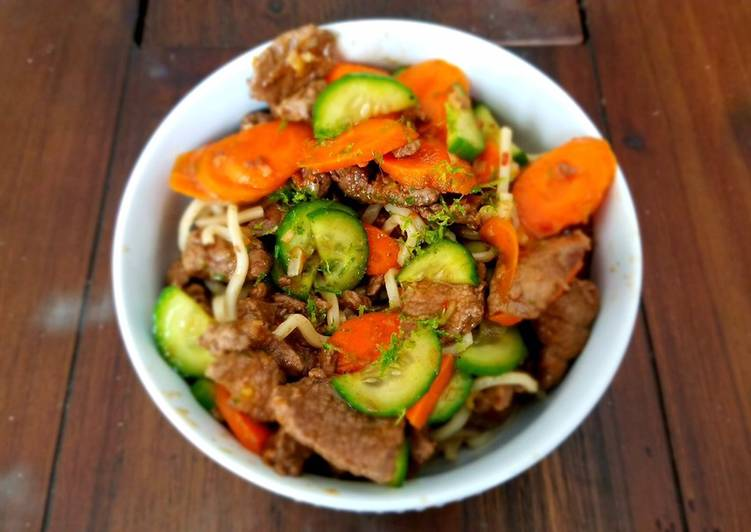 Chilled Lemongrass Beef & Noodles with Marinated Carrots and Cucumber, Some Foods That Are Helpful To Your Heart