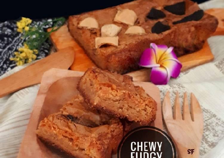 Chewy fudgy brownies super manis
