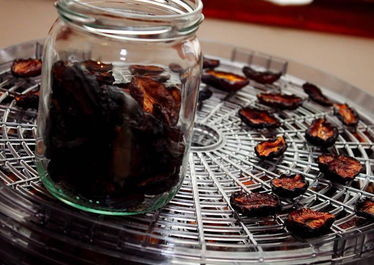 Hogyan kell főzni a lekvárt aszalt szilva télen? Receptek és tippek a főzés szilvalekvár