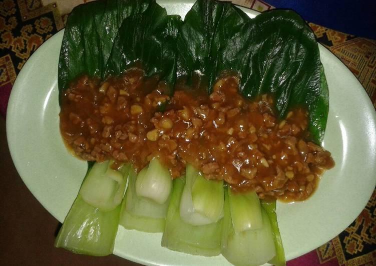 Pokcoy siram daging saus tiram