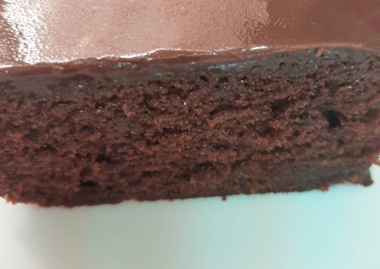 MOIST CHOCOLATE CAKE,Cocoa Ganache 😊