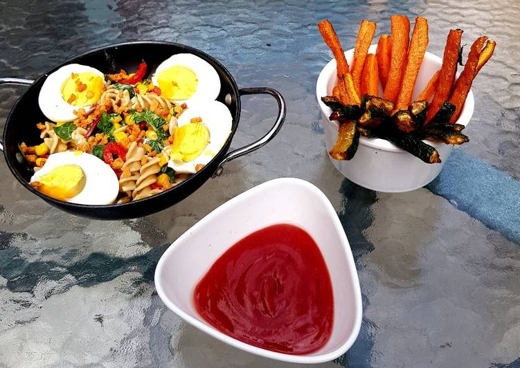 Veg Pasta with Egg and flavoured bacon bits carrot chips + Dip