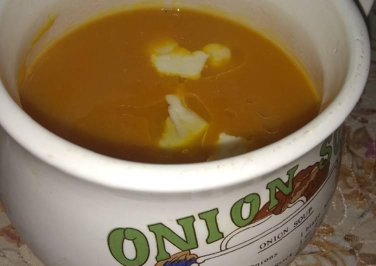 Sopa crema de zapallo y zanahoria