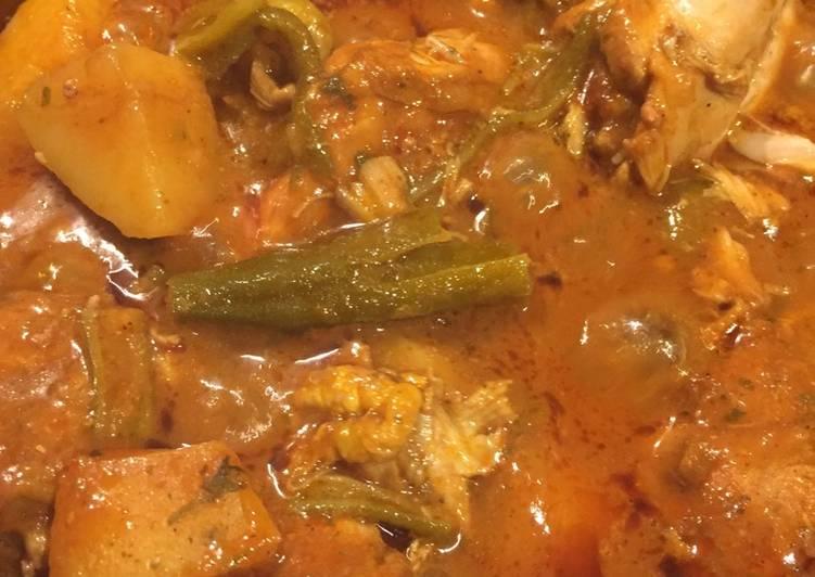 Recipe: Delectable Emirati Chicken okra salona