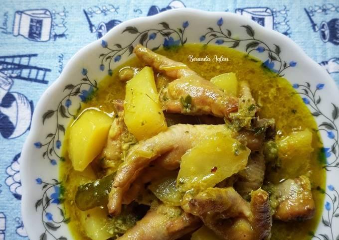 Opor Ceker Ayam
